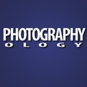 photographyology logo blue